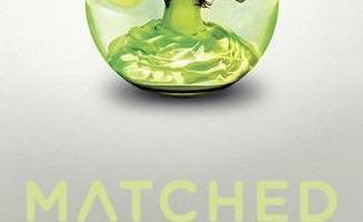 Trashy YA Novels Make Two-Week Waits AWESOME