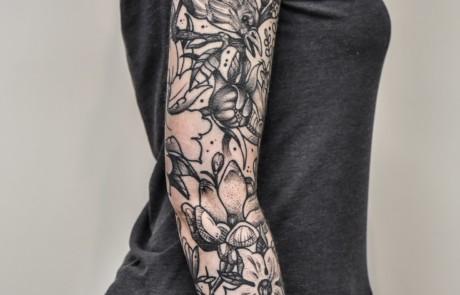 Traditional Tattoos Leg Sleeve