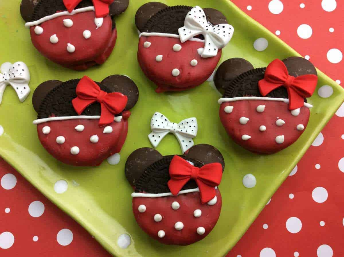 Minnie Mouse Oreo Cookie Tutorial