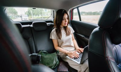 5 Secrets to Managing Your Business While Traveling