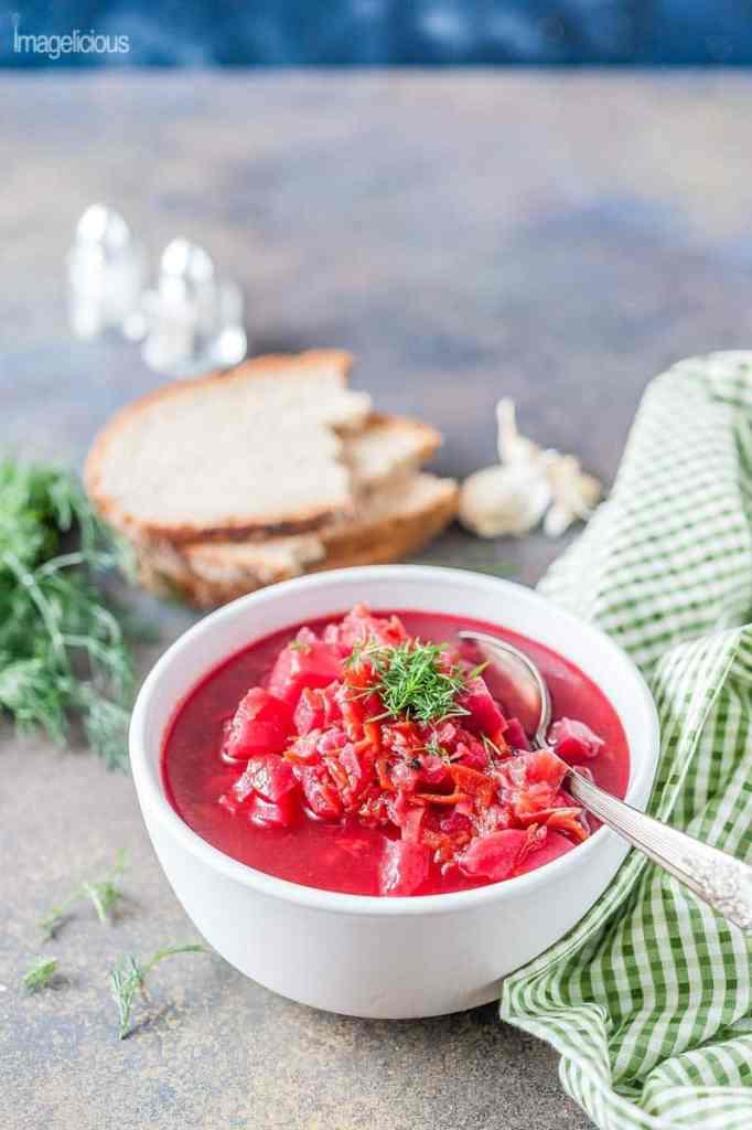 instant-pot-borscht