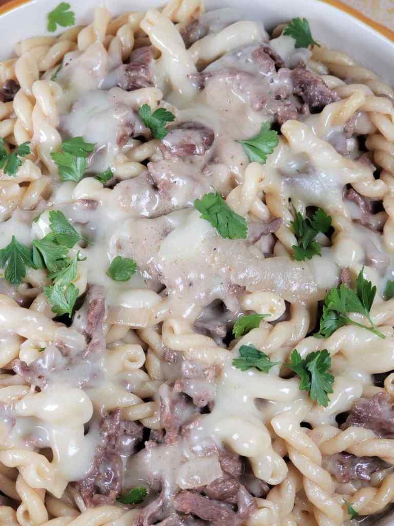 Instant-Pot-Philly-Cheesesteak-Pasta