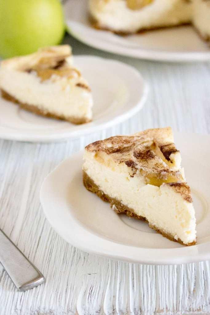 Insta-Pot-Apple-Cheesecake-Recipe