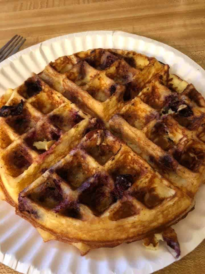 Instant-Pot-Keto-Fluffy-Waffles-with-Blueberries