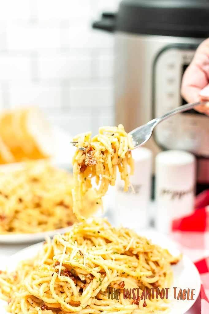 Instant_Pot_Spaghetti_Carbonara_finals_3