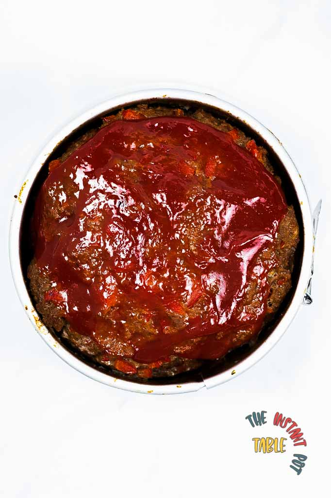 Meatloaf-in-the-spring-mold-pan