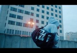 Kempi & The Alchimist – Ik Wil Nikes ft. Willem (English lyrics)