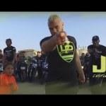 Jul – C'est le son de la gratte (English lyrics)