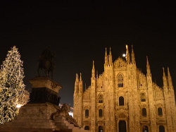Milan's Duomo by night at Christmas