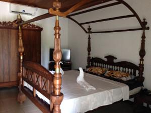 Hotel Room in Waduwa