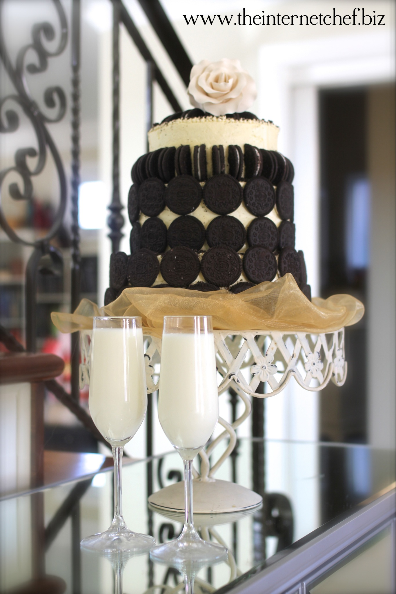 Meet the Oreo Cookie  Toblerone Wedding Cake  The