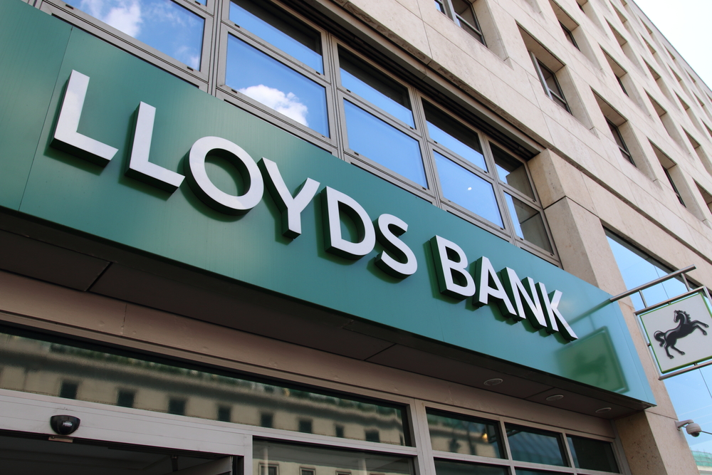 Lloyds Banking Group PLC's (LLOY)