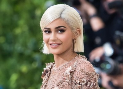 Snapchat Lost .3 billion after this tweet by Kylie Jenner
