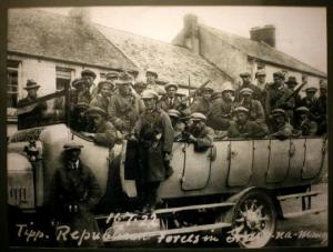 An anti-Treaty IRA column in Tipperary in 1922.