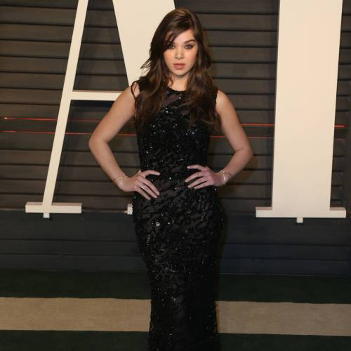 Hailee Steinfeld champions self-confidence