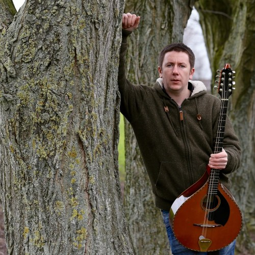 Daoiri Farrell is no ordinary Irish folk singer