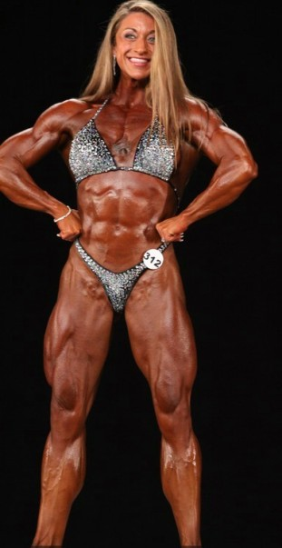 IFBB Pro Female Bodybuilder Amber Defrancesco