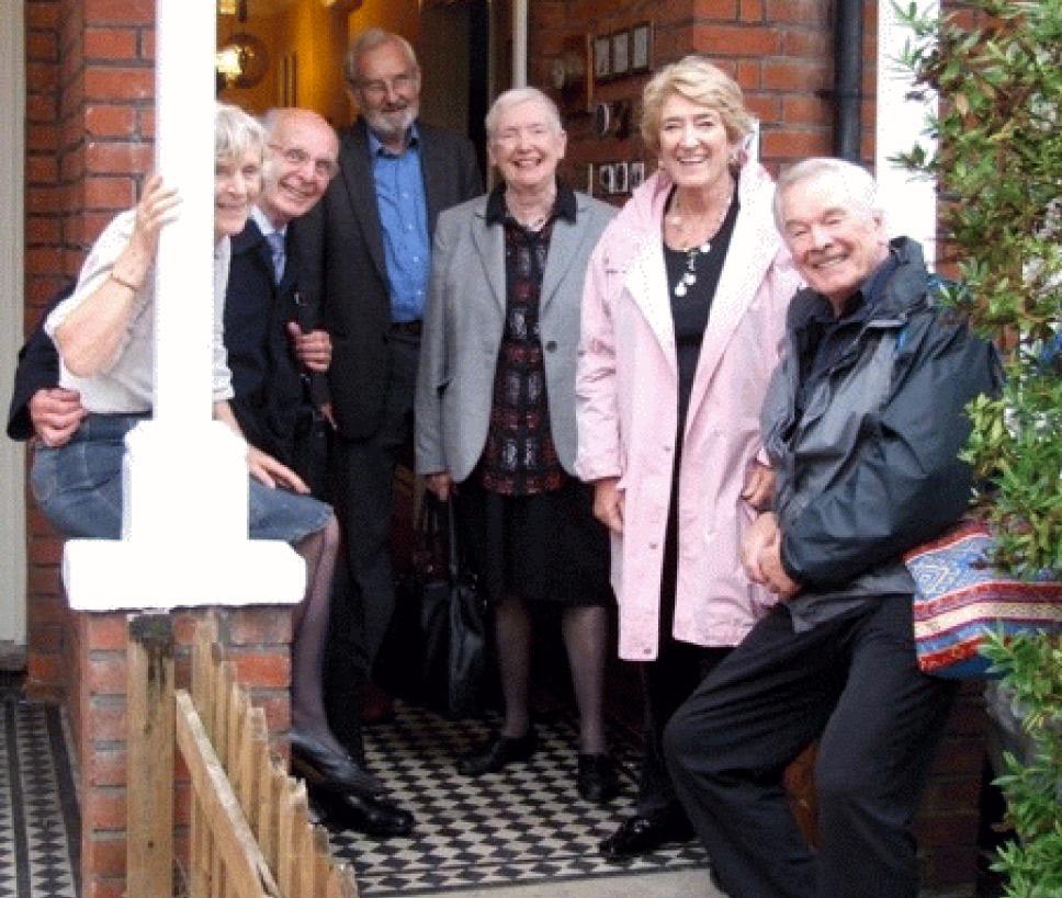 Caroline Blomfield, Alex Bisset, David Blomfield, Frances Hughes, Mary & Frank Barrie. Photo by Jennie Bisset