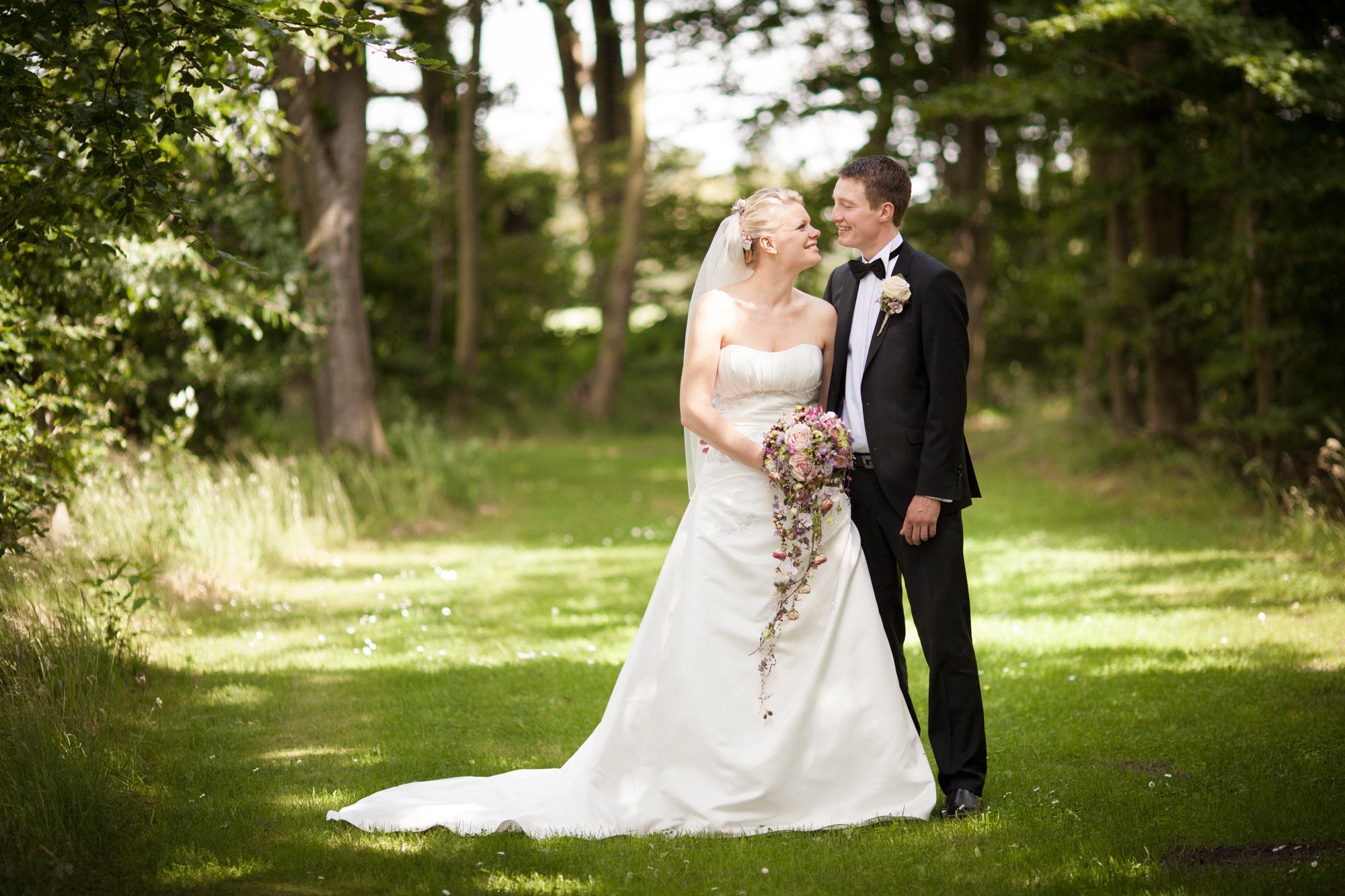 Glæde på bryllupsdagen fra Brande ved Herning
