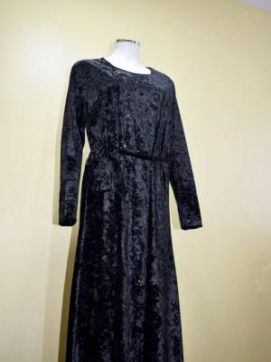 Black Velvet Full Length Abayah by Q&S Islamic Store