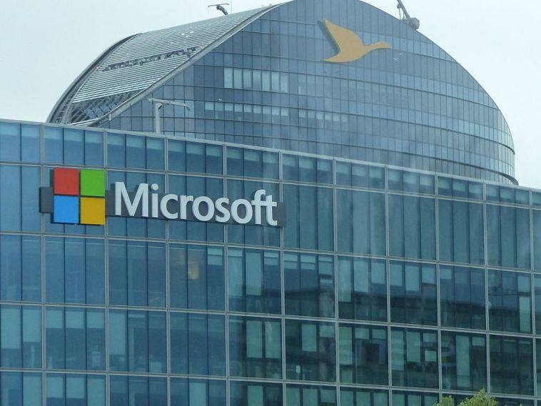 Bug in Microsoft Browsers Could be Used to Hijack Your PC, Google Experts Claim