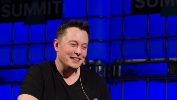 Neuralink Launched - Elon Musk Wants To Merge Human Brain With AI