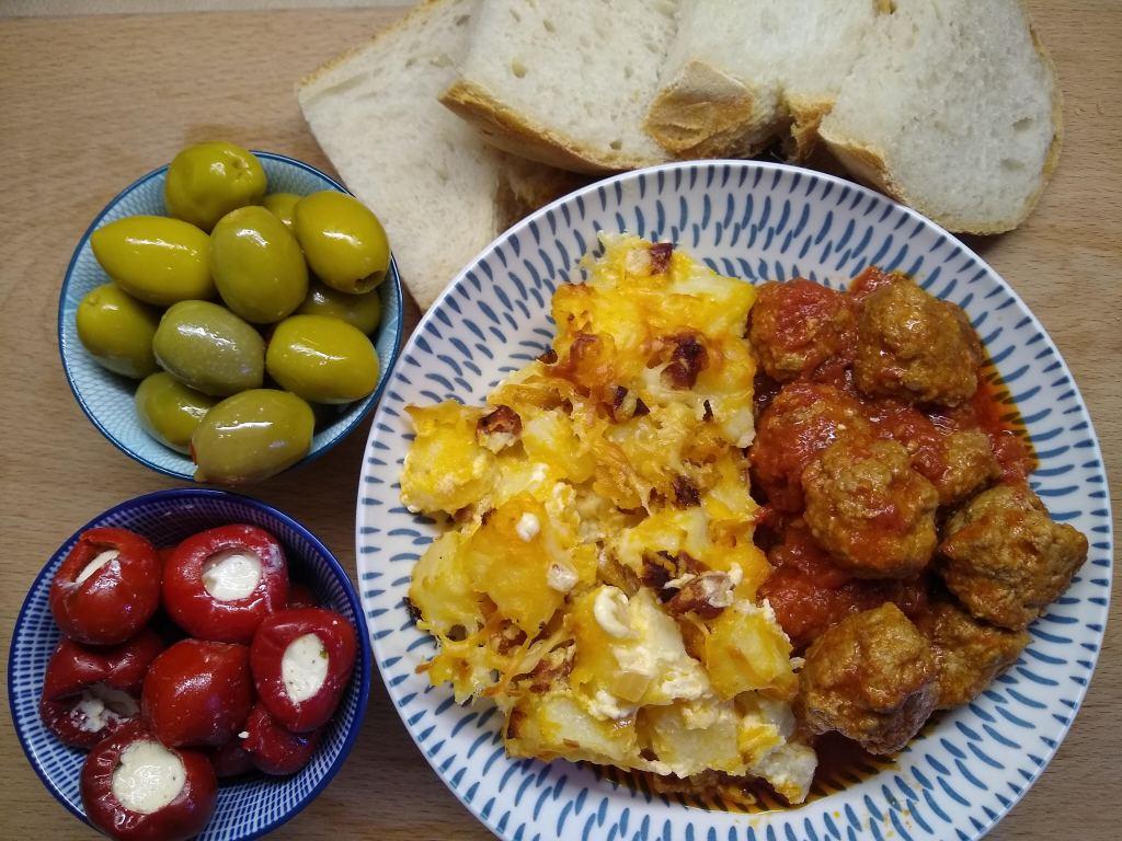 Albondigas, Spanish meatballs
