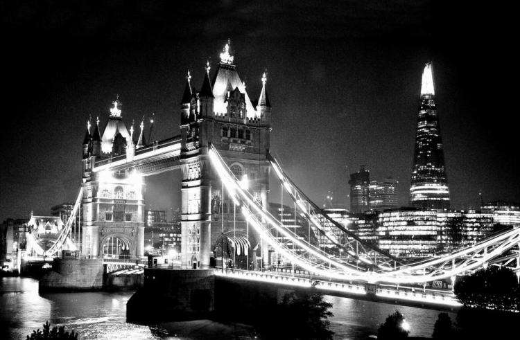 Tower Bridge At Night 2. Black & White. Nikon D300s. DSC_4452.