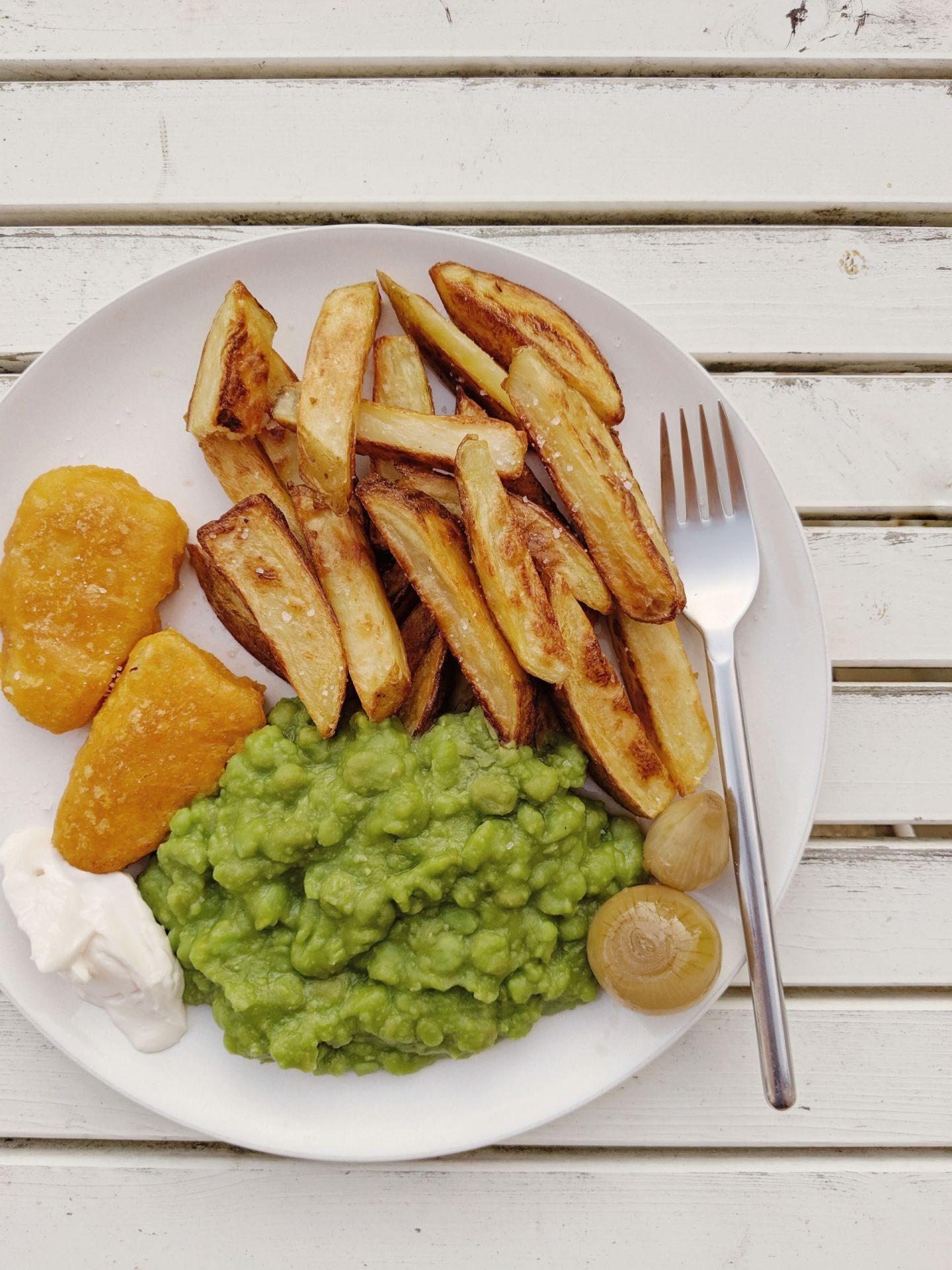 Vegan Fish n' Chips with Mushy Peas