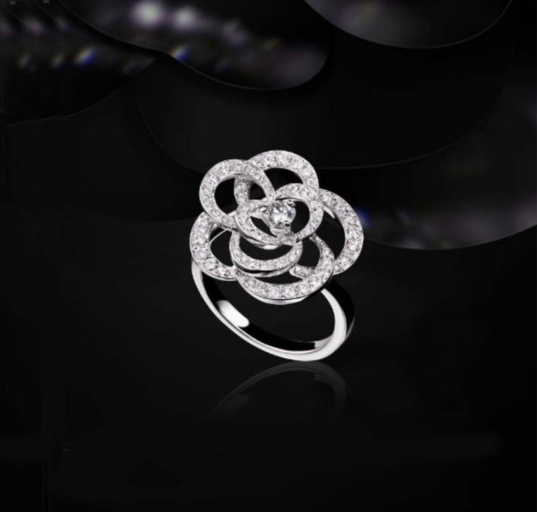 floral engagement rings petal