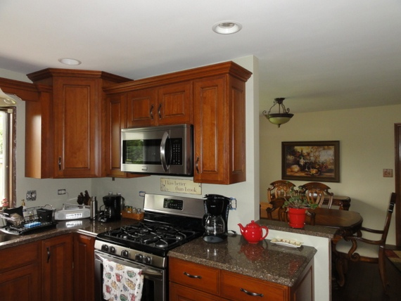Genial Stained Kitchen Crown Moldings