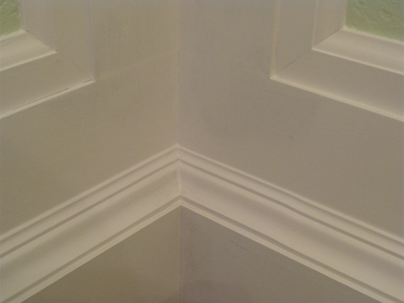 how to prime moldings