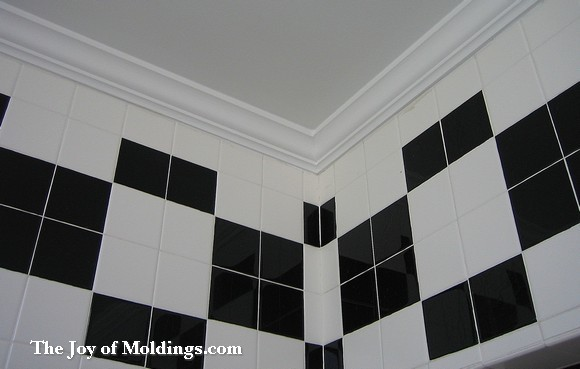 bathroom crown molding