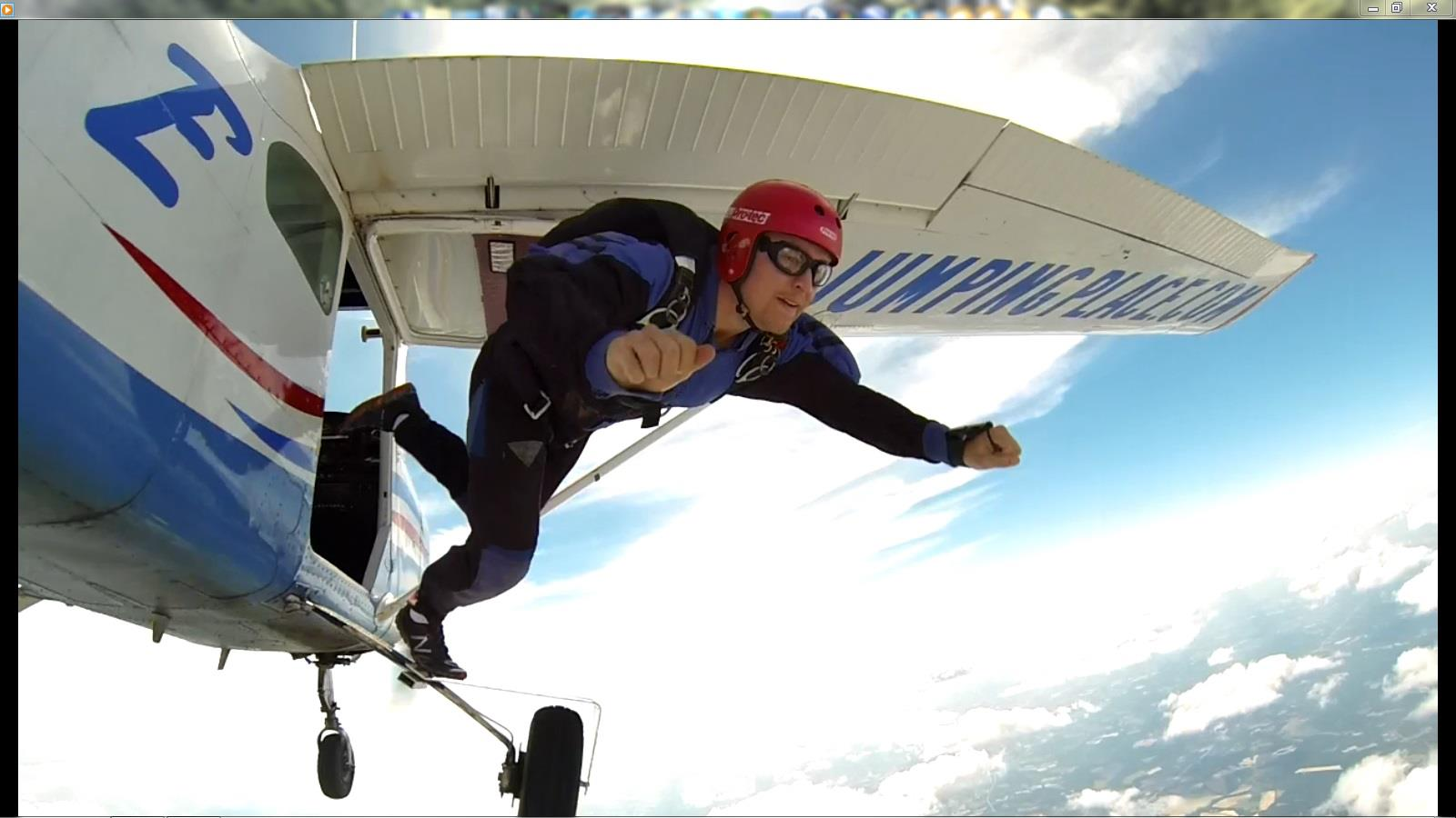 Learn How To Skydive: Gold Package (USPA A License Course)