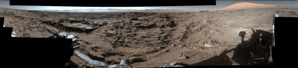 """Naukluft Plateau""Credits: NASA/JPL-Caltech/MSSS"