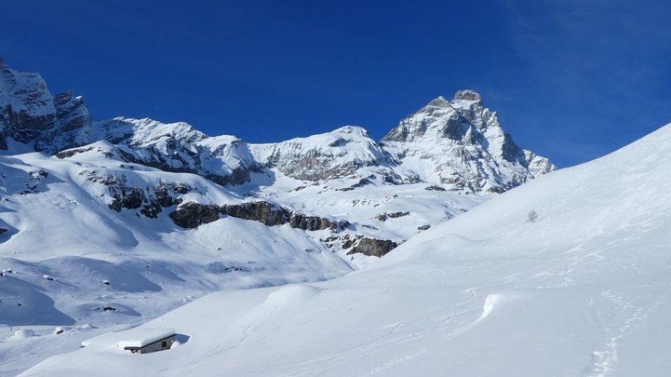 Matterhorn Bild von DunanN auf Pixabay