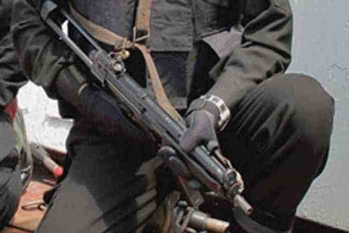 youth abducted in shopian,three youth abducted in shopian,unknown gunmen