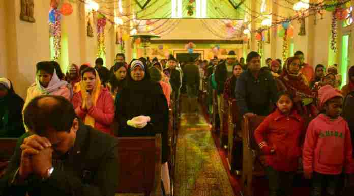 christmas in kashmir, celebrating christmas in kashmir, kashmir, christians in kashmir, kashmir news
