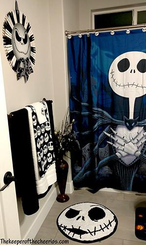 nightmare before christmas bathroom decorations. Black Bedroom Furniture Sets. Home Design Ideas