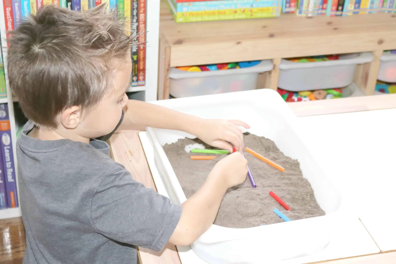 Worm Families Preschool Monthly Theme Activity