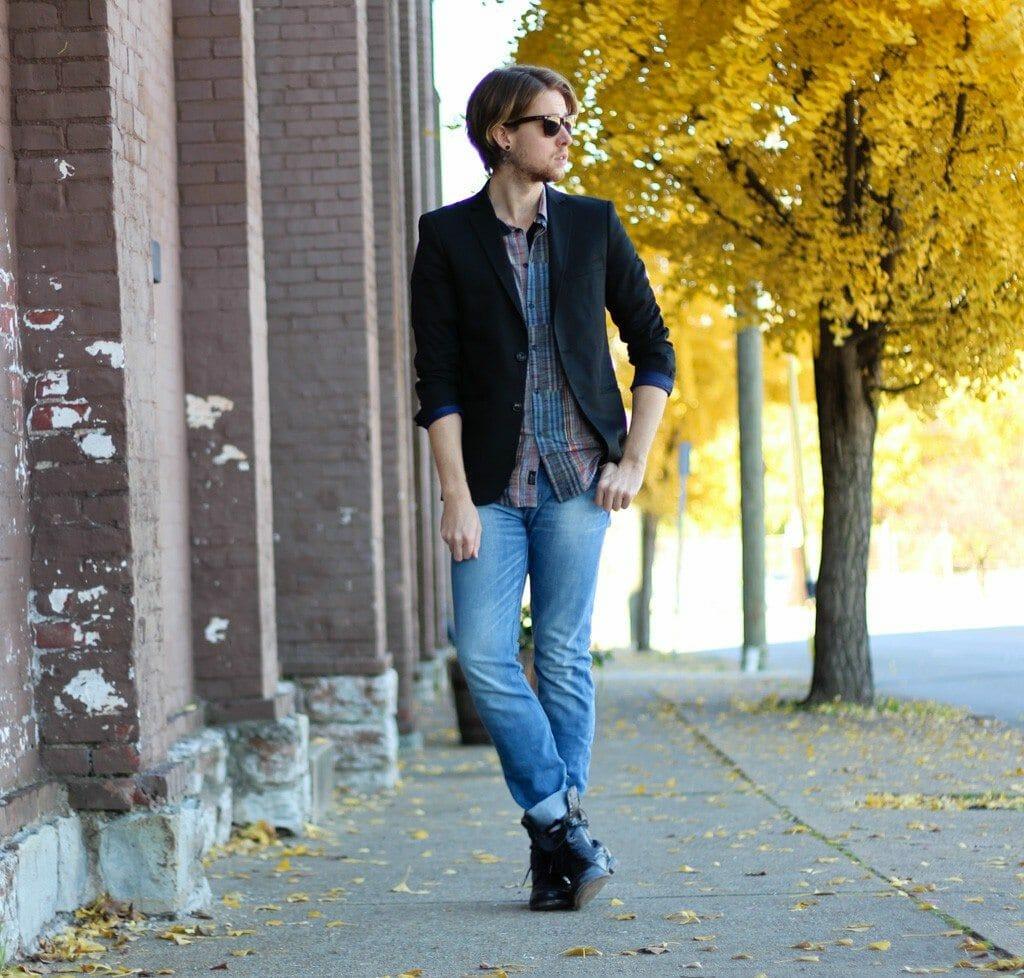 The Kentucky Gent in Zara Blazer, KR3W Button Up, WESC Jeans, Ray-Ban Wayfarers, and Steve Madden Troopah2 Boots
