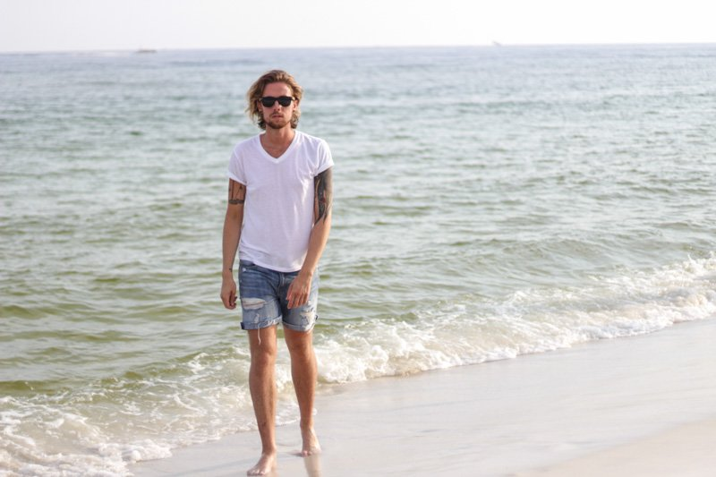 The Kentucky Gent in Hammock and Palms Sunglasses, BDG V Neck T-Shirt, Levi's Cut Off Shorts, and Zara Sandals.