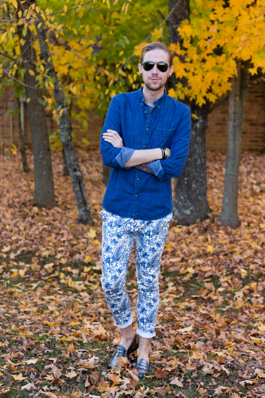 The Kentucky Gent, a men's fashion blogger in Louisville, Kentucky, wearing a Mack Weldon T-Shirt, H&M Denim Shirt, Zara Paisley Pants, GH Bass Weejuns, and Ray-Ban Aviator Sunglasses.