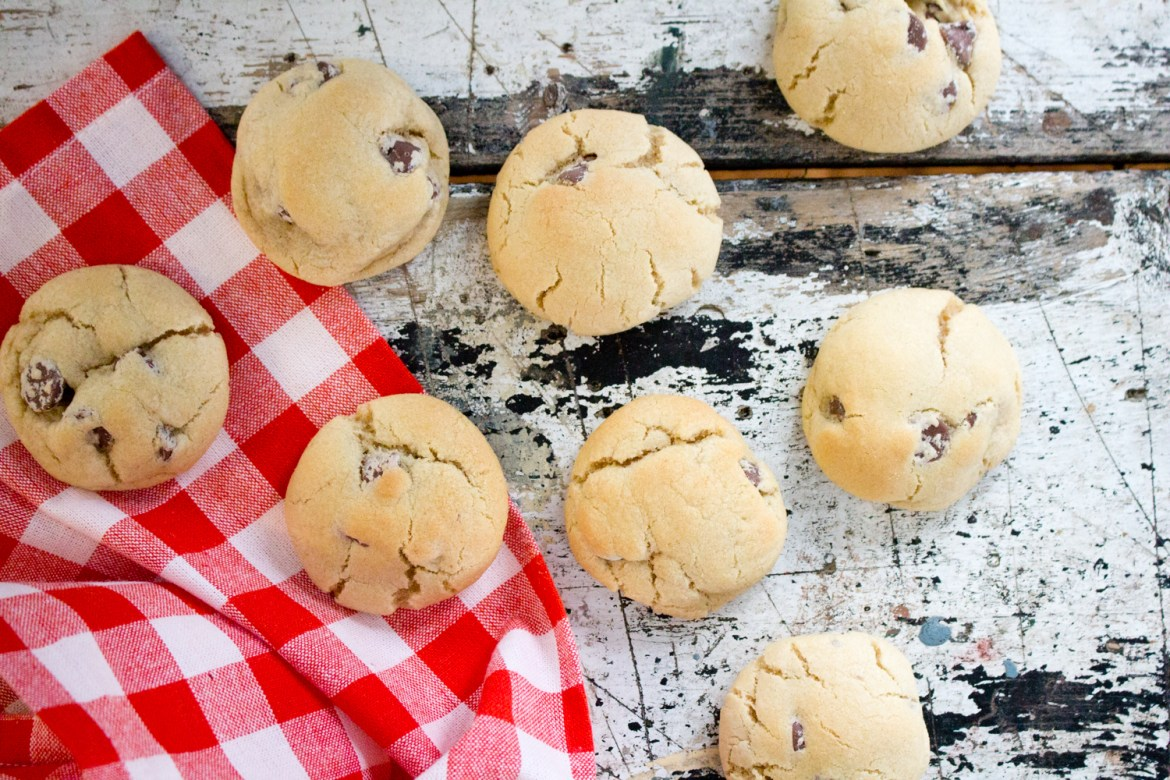 The Kentucky Gent, a Louisville, Kentucky life and style blogger, shares his recipe for Chocolate Chip Cookies.