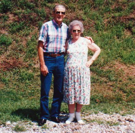 Ollie and Maxine (Shuman) Sapp