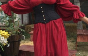 Public Sex at the Renaissance Faire for this Naughty Girl