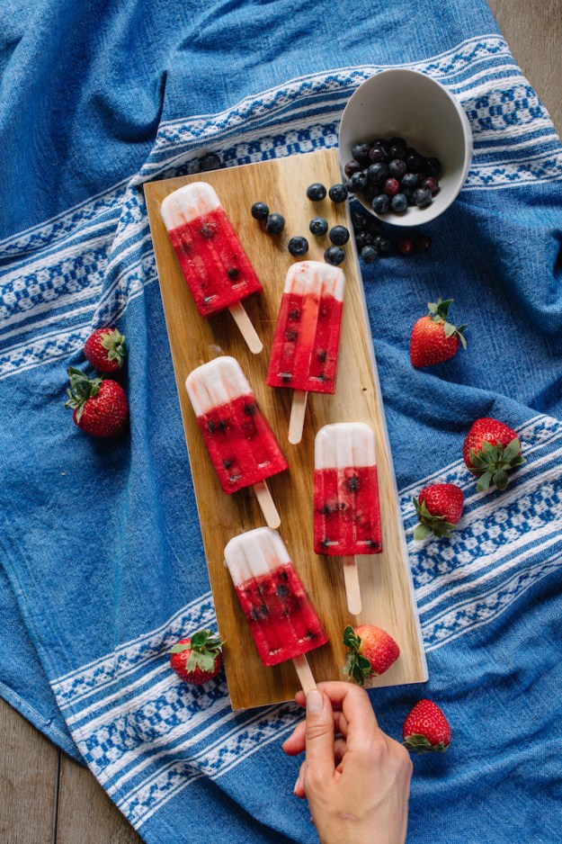 Frose popsicles for the 4th of July