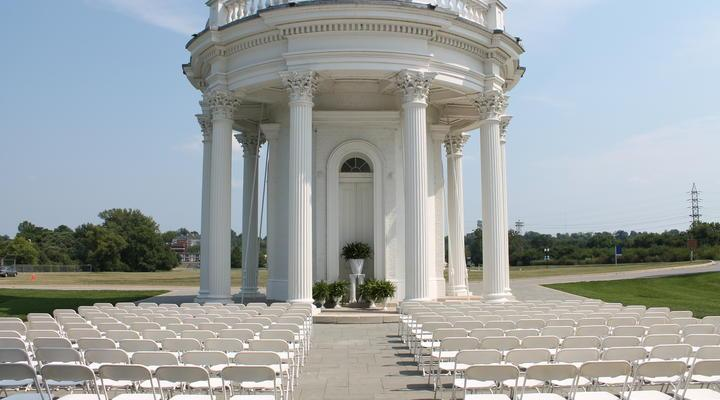 Engayged: Top 5 Gay-Friendly Wedding Venues in Kentucky