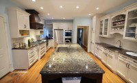 Large Transitional with Oversized Island   Kitchen Master