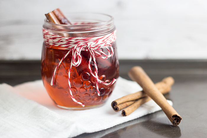 Cinnamon Caramel Syrup (Zimt-Karamell-Sirup) by the Kitchen Maus